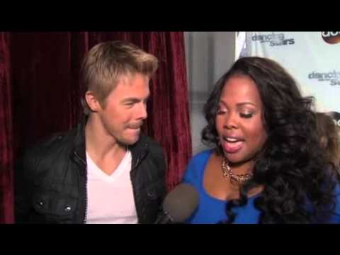 Amber Riley 'I'm finding my sexy with Derek' com