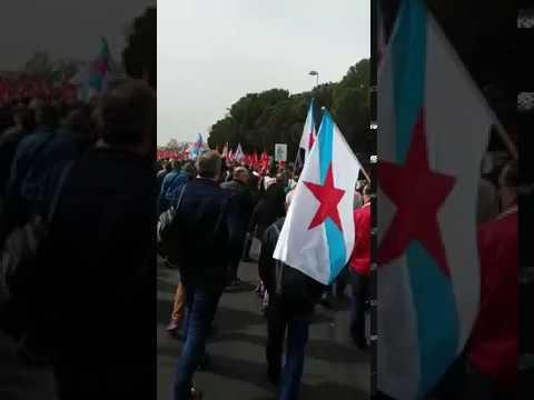Más de 400 trabajadores de As Pontes se concentran ante la sede de Endesa en Madrid