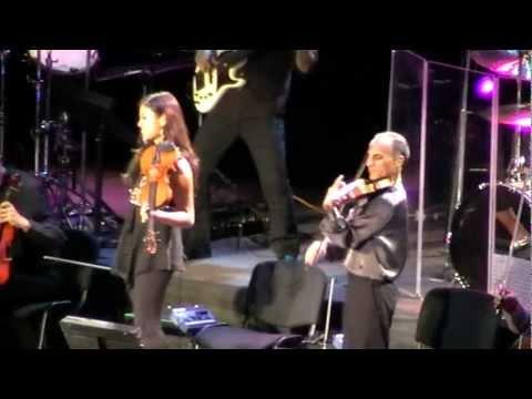 Yanni - (Live, Armenia, Yerevan, 23.09.2011) 12/16