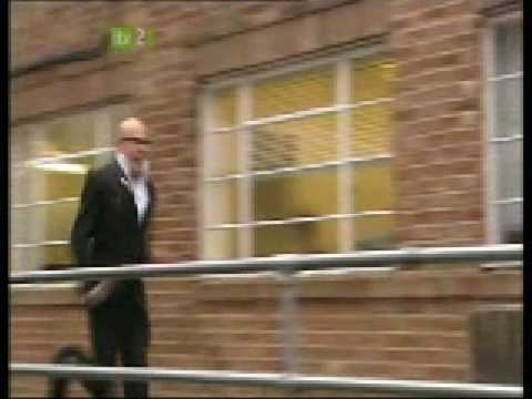 Harry Hill The Bill Chase
