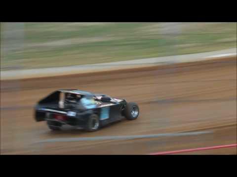Lucas Oil Speedway 7 29 17 Jace Gay Heat Race