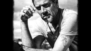 Jeffrey Dean Morgan -hero-