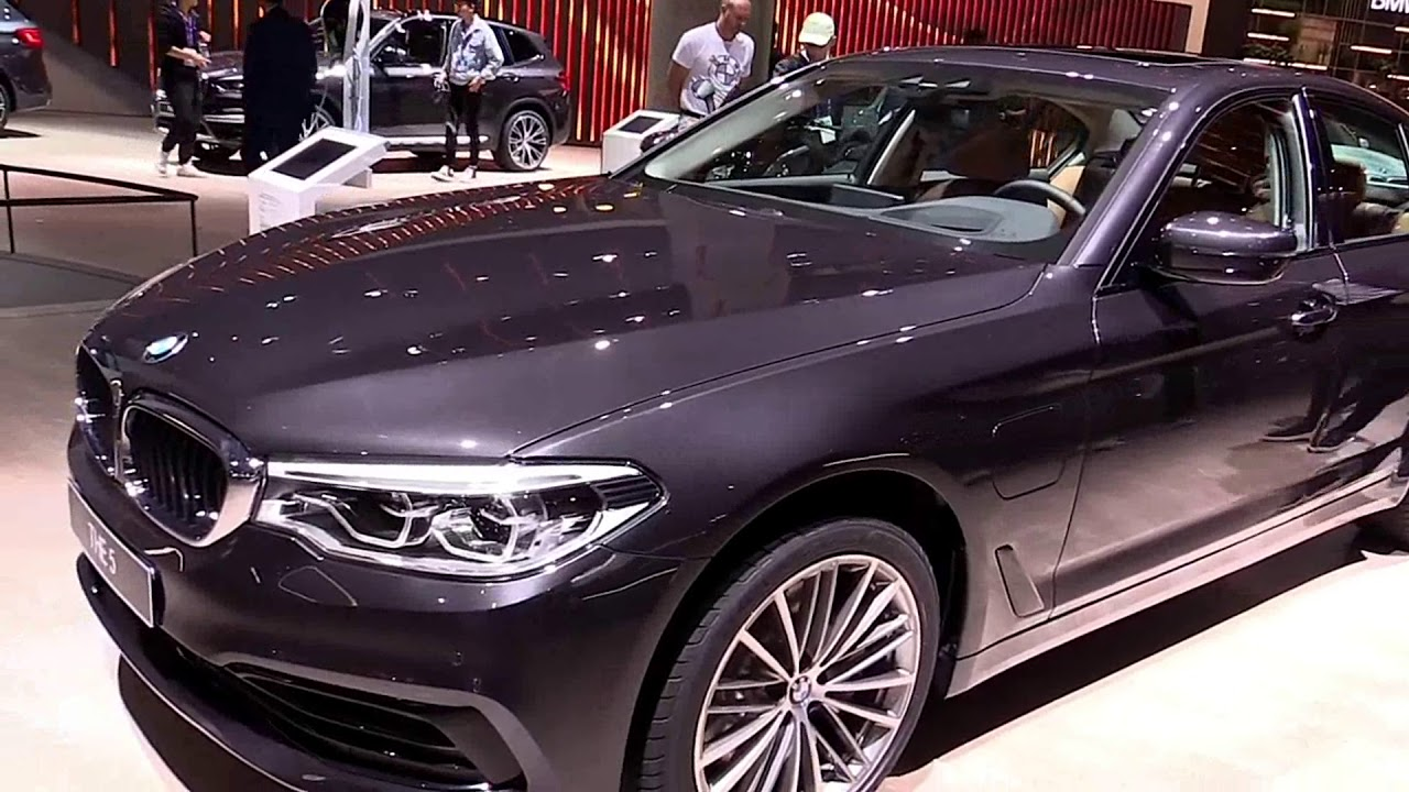 2020 BMW 530e xDrive Plug In Hybrid Exterior and Interior - YouTube