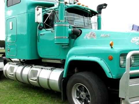 Mack Superliner For Sale >> Mack Value Liner V8 - YouTube