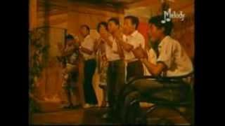Les Surfs  Scandales Dans La Famille- très belle chanson