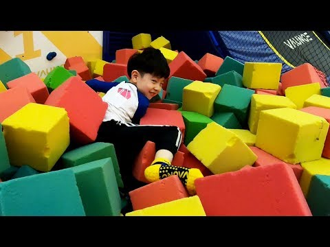 NY Colors with Indoor Playground Vaunce Trampolin Park 뉴욕이랑 컬러