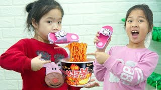 Kiều Anh Ăn Vụng Mỳ Cay Hàn Quốc ❤ Suri Làm Bánh Nhân Tất - Trang Vlog