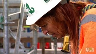 Dangerous Rescues Mean 'Sending in the Gemmill' | Pit Bulls and Parolees