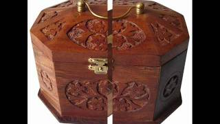 Wooden Jewelry Boxes To Store Your Jewelry