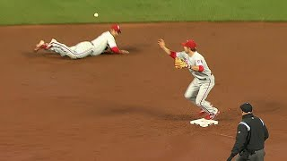 PHI@SF: Castro, Utley turn a great double play