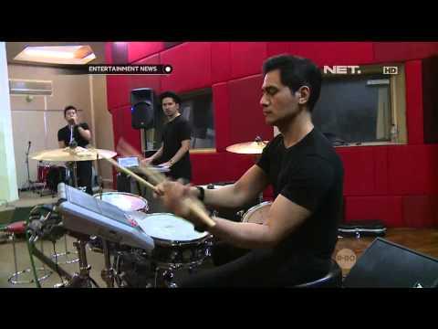 Band Electron 45 Menjalani Latihan