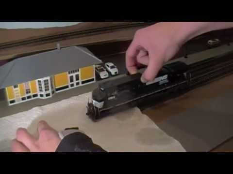 How To Clean Model Railroad Locomotive Wheels