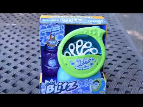 Kids Playing With Blitz Bubble Machine Toy Youtube