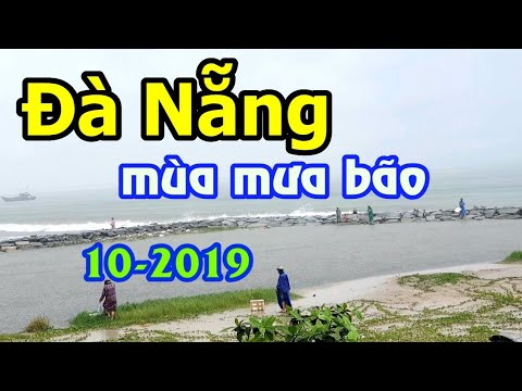 Đà Nẵng mùa mưa bão – Câu cá biển trên bờ