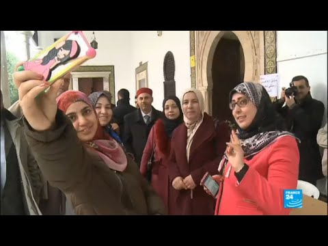 Tunisia: New gender equality electoral law puts women in politics