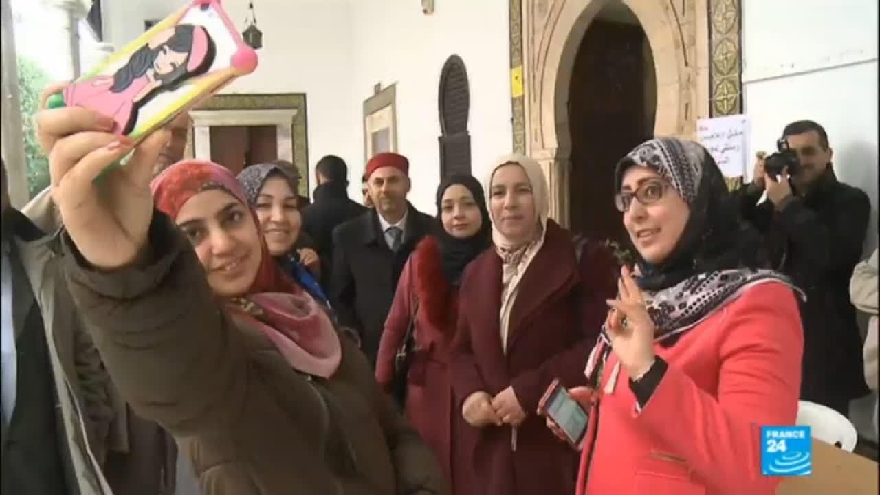 فرانس 24:Tunisia: New gender equality electoral law puts women in politics