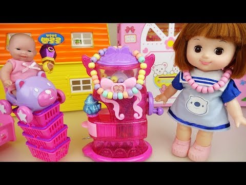 Baby doli and jewelry maker doll toys play