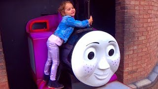 Katy have fun in Thomas the train land playground for kids