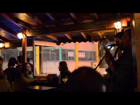 Istanbul - EFSANE pub 01