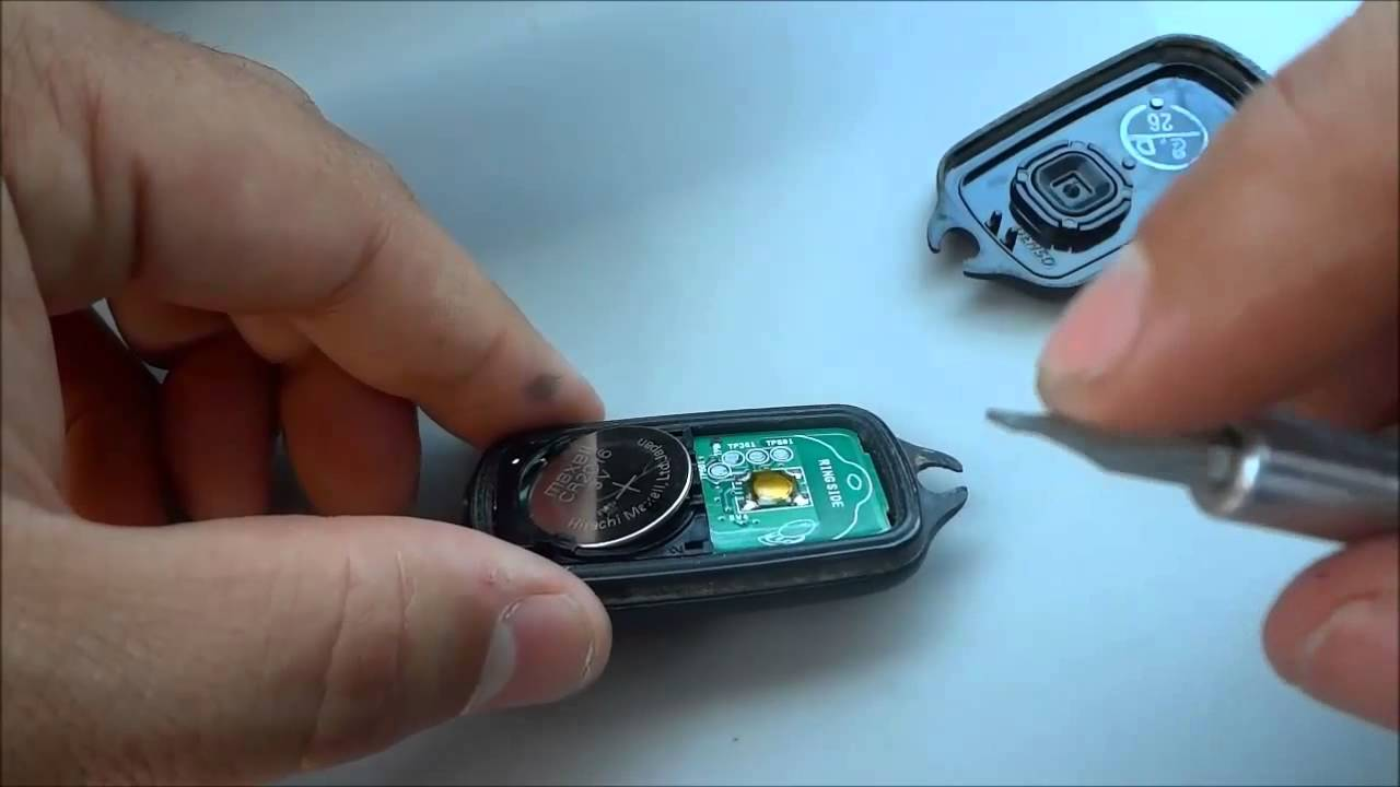 How To Change A Toyota Camry Key Fob Battery 2000 2001