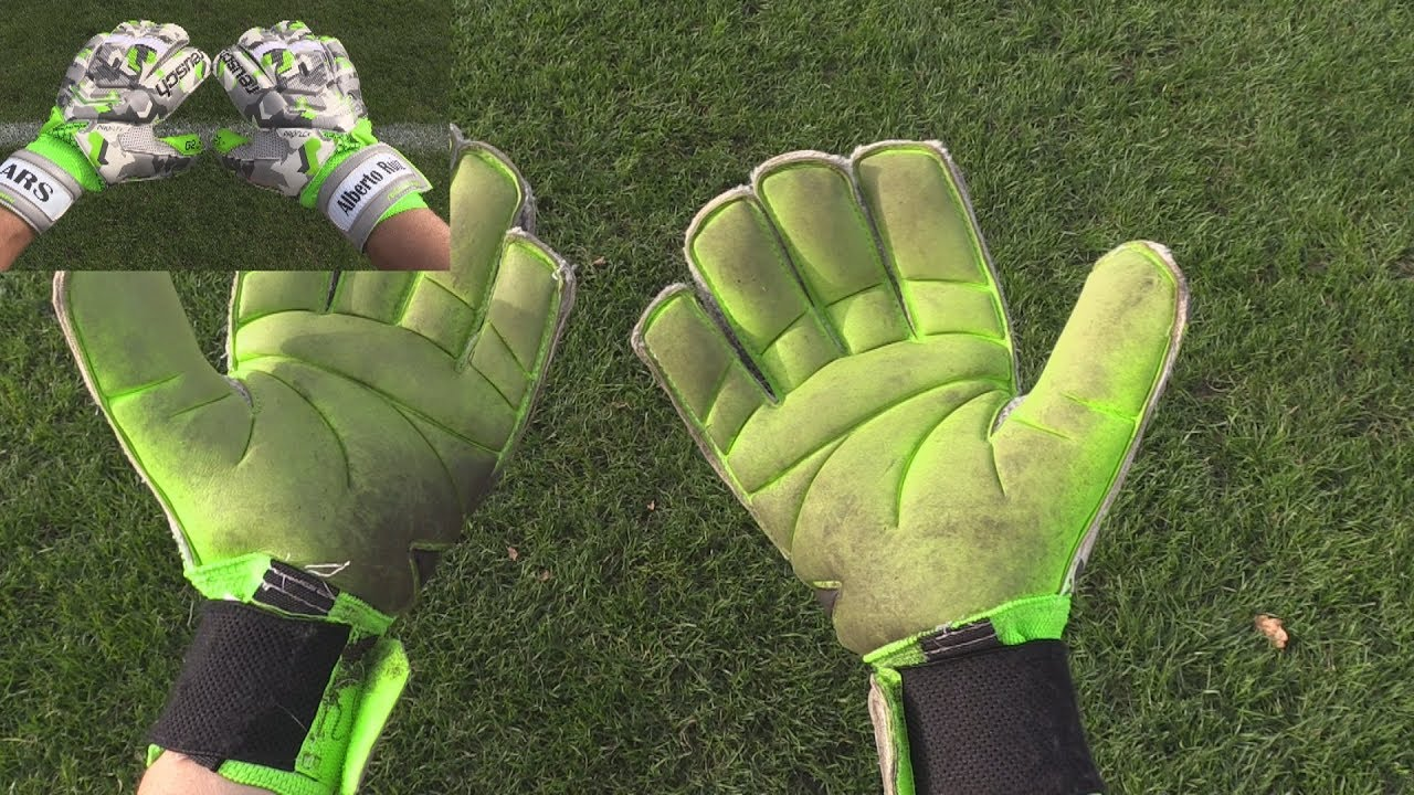 75045aae3 Goalkeeper Glove Review: Reusch RE:LOAD DELUXE G2 - YouTube