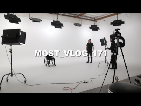 FILMING IN A STUDIO ( MOST VLOG 171 )