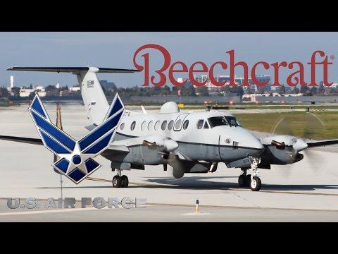 HD RARE USAF Beechcraft Hawker MC-12W 08-0376 Takeoff from San Jose International Airport
