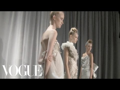 Marchesa Presentation Ready to Wear Spring 2011 Vogue Fashion Week Runway Show