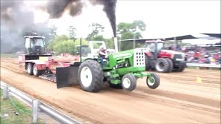 Oliver Pulling Tractor Compilation 2013