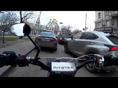 Mini-Retards ED.2 - Rush-Hour-Ride in Moscow.