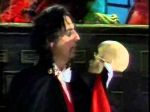 "Alice Cooper & The Muppets - ""Welcome To My Nightmare"""