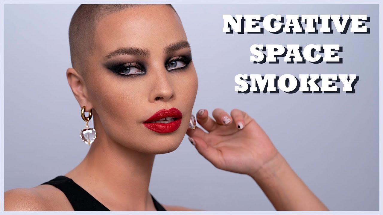 Negative space SMOKEY eye