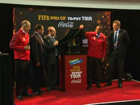 World Cup trophy kicks off final tour around S.Africa