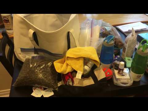 Puppy Travel Bag - What We Pack For Our Dog When We Go On Vacation