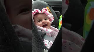 baby laugh Medina zuzaku Seitzerland winterthur