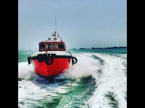 Malaysia Pilot boat in action