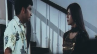 Hero and Heroine Fighting in Hindi Movie - Hum Do Anjaane (2011) - Ankita Bhargava - Naresh Kaura
