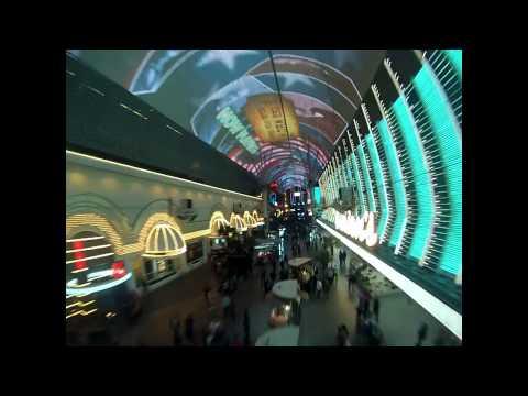 fremont-street-experience-zip-line