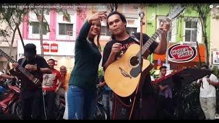 lagu hindi mantap dari sentuhan buskers,bersama peminat cun melecun