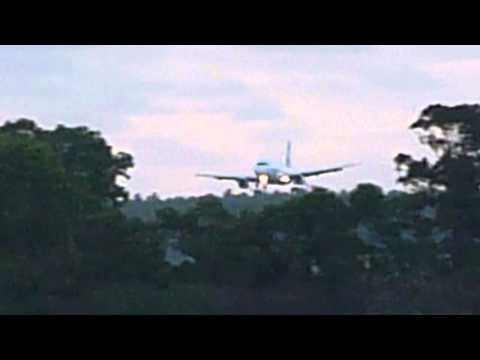 Tonga   Air New Zealand plane landing at FuaAmotu airport
