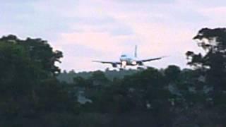 Tonga   Air New Zealand plane landing at FuaAmotu airport