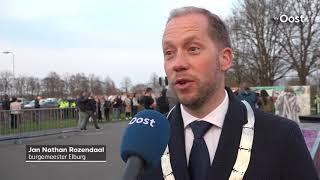 Honderden deelnemers stille tocht voor doodgestoken Michiel Schut uit Zwolle