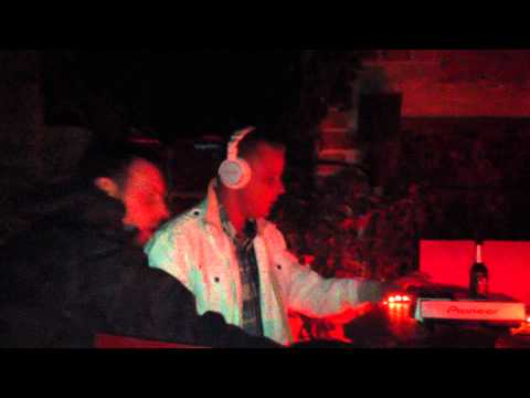 Soundz of TrimpE V.s E-toxx  @ BUTAN CLUB WUPPERTAL.wmv