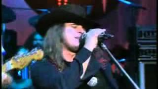 Repeat youtube video Lynyrd Skynyrd - Sweet Home Alabama **Official Video**