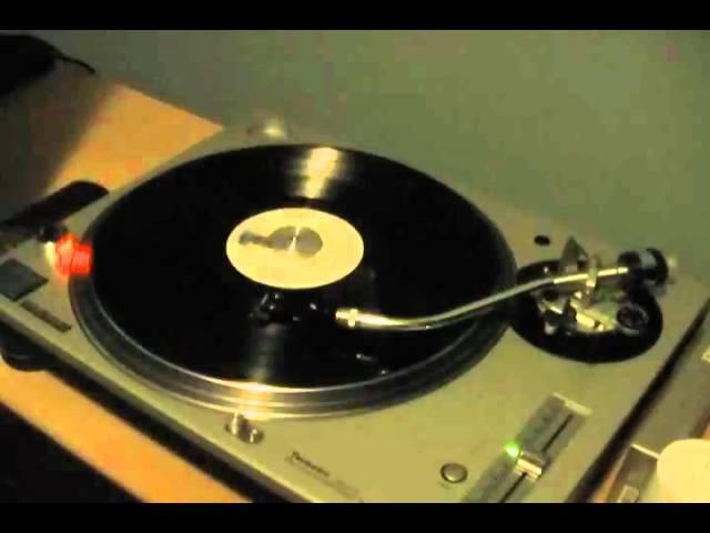 eagles-peaceful-easy-feeling-theretrovinyl