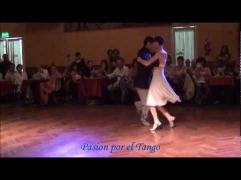 Lucila bardach y marcelo lavergata bailando el tango indio for A puro tango salon canning