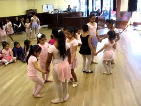 Manhattan Children's Ballet Class - Lorenz Latin Dance Studio