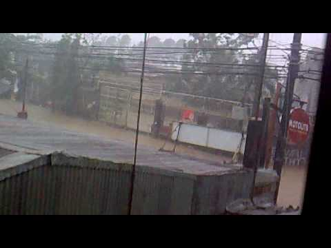 Typhoon ONDOY at savemore Tanay.. (tanay, rizal)