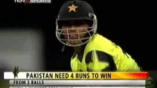 Pakistan's Kamran Akmal at his best