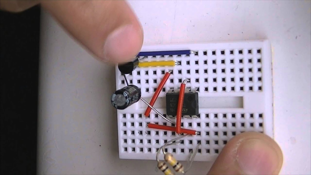 Very Practical And Easy 555 Timer Connection Wiring Led Blinker Lm555 Circuits Pearltrees Youtube
